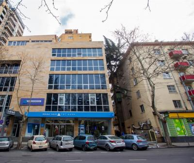 212 m²   Commercial office space for long term rent,