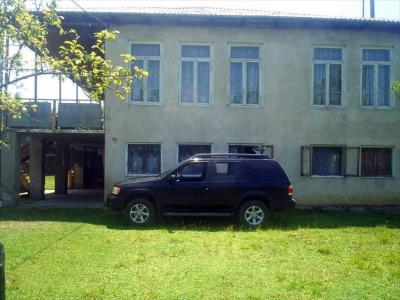 House for sale, 250 m², yard area 1000 m²